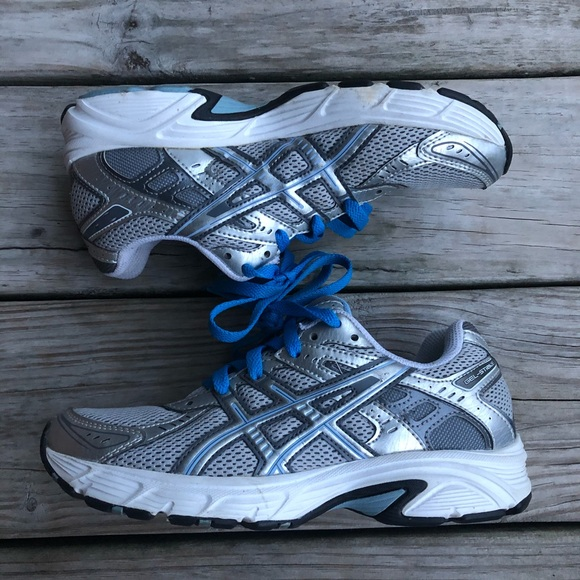 Asics Womens Gel Strike Running Shoe